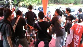 Download PARTNER IN CRIME (KEBEBASAN) sexy pig MP3 song and Music Video