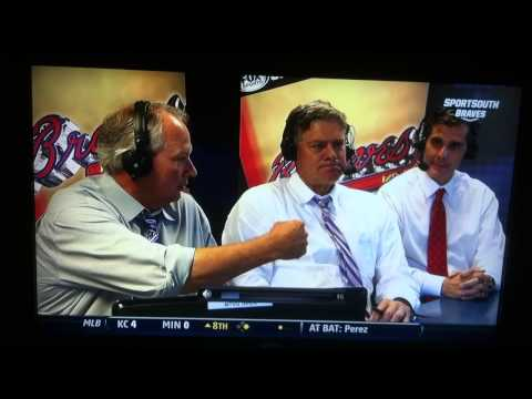 Dale Murphy leaves Joe Simpson hangin
