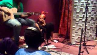 Mah Damba en studio - Taara ka n to (A l'ombre du grand baobab)