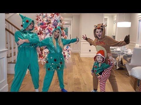 CHRISTMAS ONESIE DANCE BATTLE AGAINST JOJO SIWA AND EVERLEIGH!!!