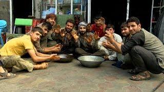 بامداد خوش - خیابان - دیدار سمیر صدیقی از حاجی محمد کمال پنچرمین