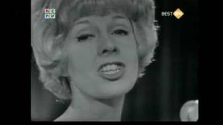 Rosemary Squires - Smoke Gets In Your Eyes