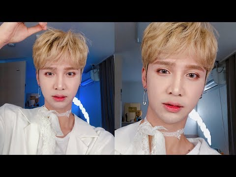 Hyungwon's 'Shoot Out' fansign makeup lol ☕😒 - Edward