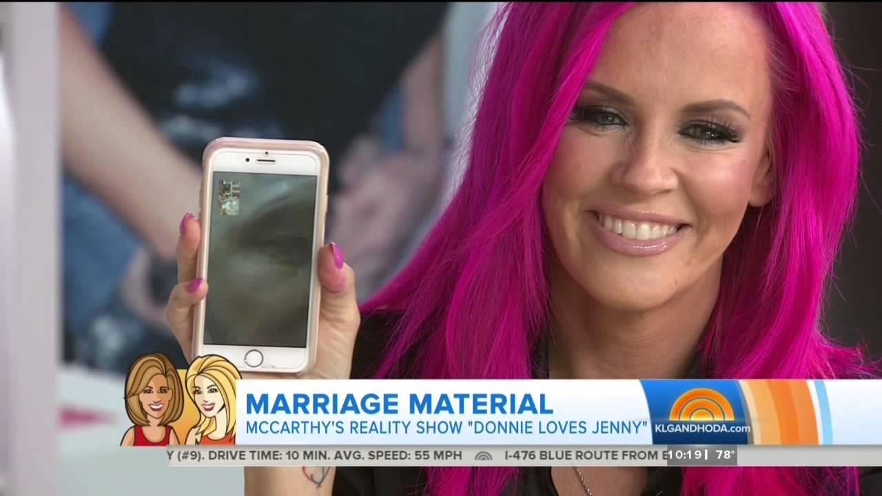 Jenny Mccarthy Shocking Pink Hair Youtube