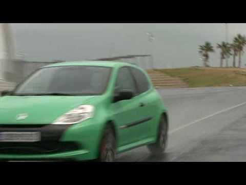 Clio 4 RS velocità datazione