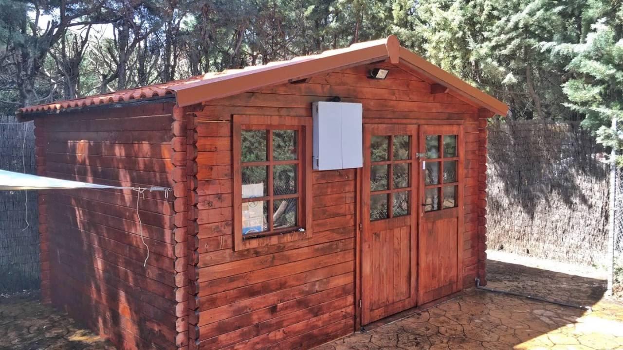 Tejas de pl stico cubierta imitaci n teja para caseta de for Tejado de madera en ingles
