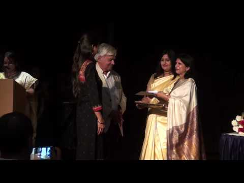 Indore artists receiving awards - 15