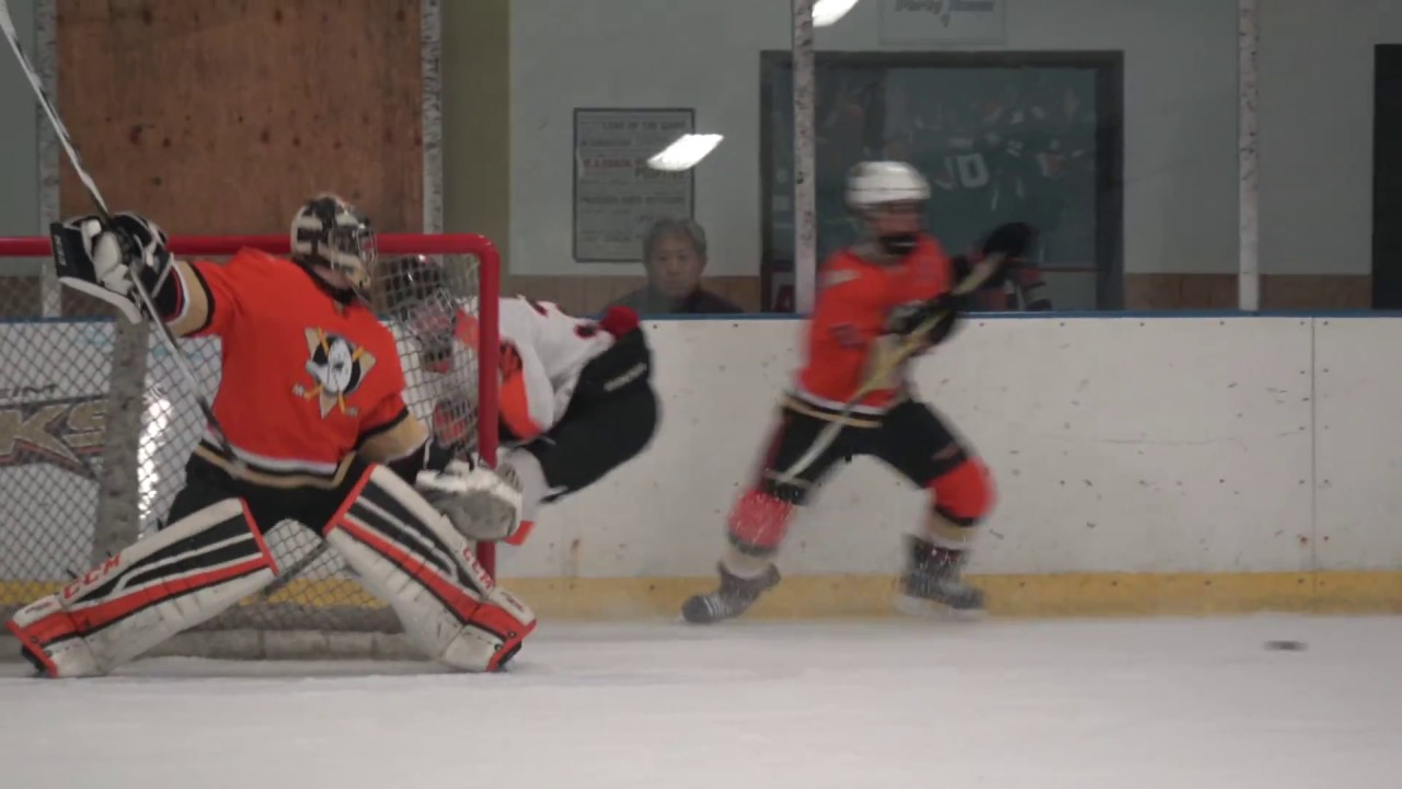 www.15aaa.com_15AAA Jr. Ducks v 16AA OC Per 1 - YouTube