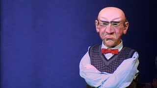Walter faces Arabs for the first time and he's a bit concerned... | All Over the Map  | JEFF DUNHAM thumbnail