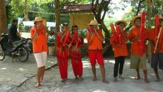 INDONESIA: bamboo music and dance by the orphans of Malabi, Sulawesi (HD-video).mp4