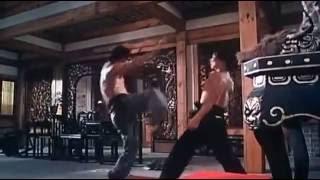 Дориан Тан    невероятный мастер ударов ногами