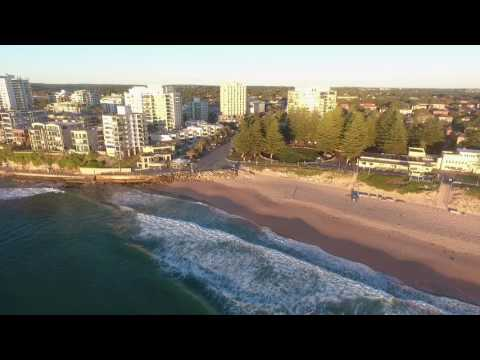 Catching waves at North Cronulla Beach