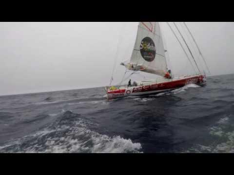 J47 : Eric Bellion et Alan Roura naviguent bord à bord / Vendée Globe