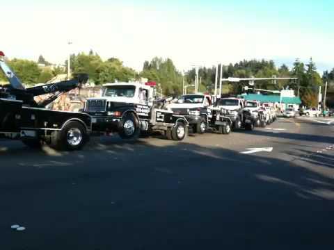 tow truck towing a tow truck towing a tow truck youtube. Black Bedroom Furniture Sets. Home Design Ideas
