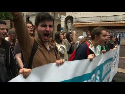 Mobilisation des fonctionnaires: manifestation à Marseille