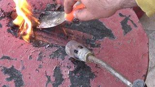 Как быстро и легко снять старую краску с металла. С помощью газовой горелки.