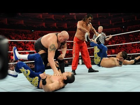 Big Show & The Great Khali vs. Primo &...