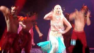 "Britney Spears ""Me Against The Music (Bollywood Remix)"" Live @ The CIrcus 04/12/2009 in San Jose, Ca"