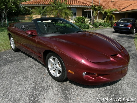 for sale 2002 pontiac firebird convertible only 42k miles youtube. Black Bedroom Furniture Sets. Home Design Ideas