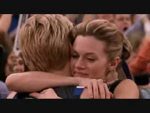"One Tree Hill 4x09 ""It's You Peyton"""