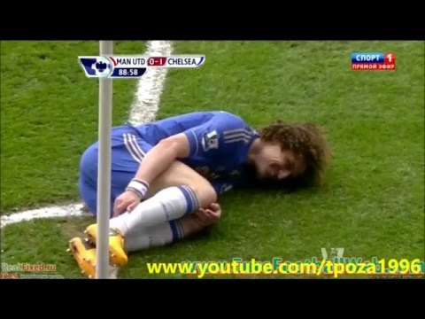 David Luiz Funny Moment (laughs after diving)