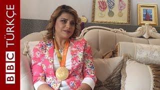 Halterde iki dünya rekoru kıran paralimpik atlet Nazmiye Muratlı