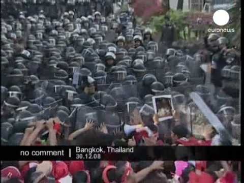 Thaksin supporters protest at parliament building in Thailand