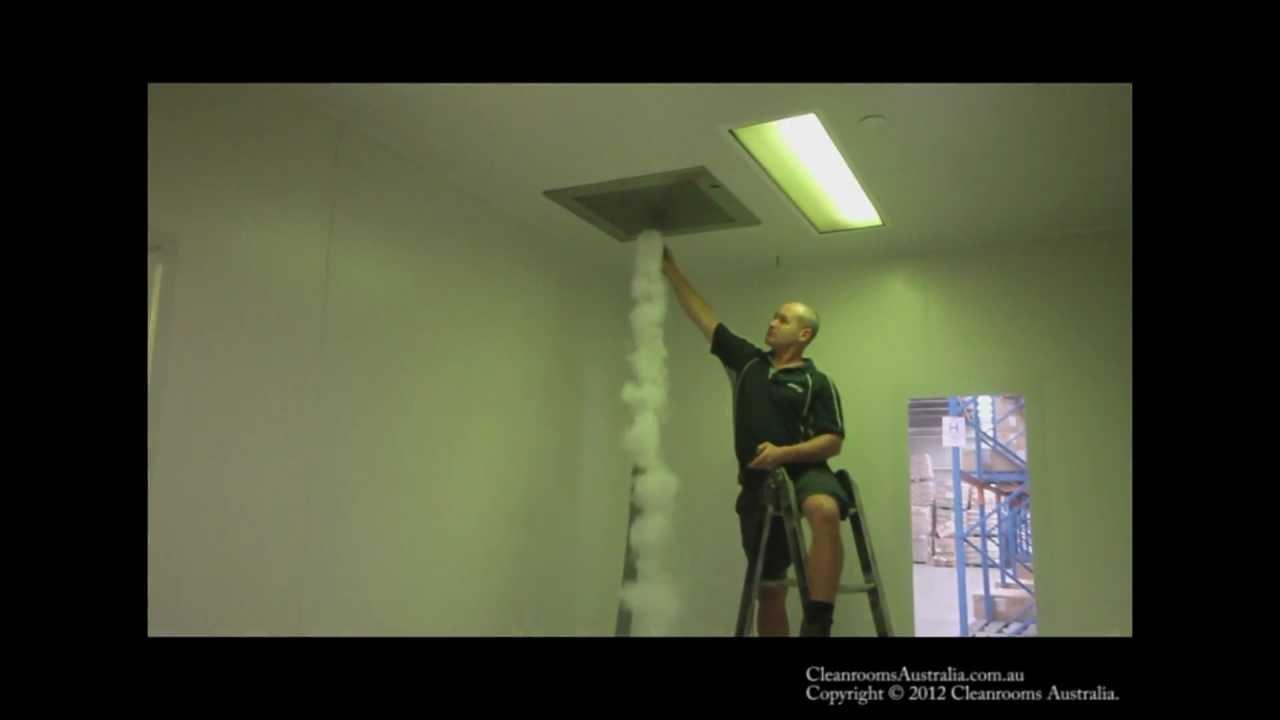 How to create a cleanroom smoke Visualisation - YouTube