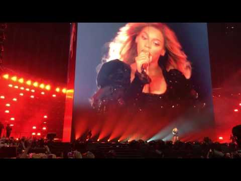Beyoncé - Sorry/Irreplaceable/BowDown/RunTheWorld - The Formation World Tour - Amsterdam Arena