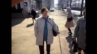 В Ярославской областной больнице со стариков вымогают деньги!(В Ярославской областной больнице со стариков вымогают деньги! Видео снято в апреле 2016 года. Главный врач..., 2016-06-08T15:27:20.000Z)