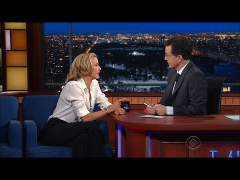 Téa Leoni On The Correct Way To Lie About Your Age