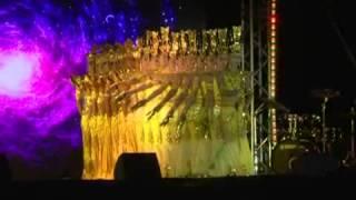 新華社》戛納海灘上演「中國電影之夜」