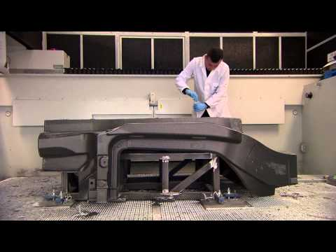 Alfa Romeo 4C: Technology & Architecture - Carbon Chassis