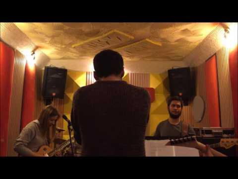 Elesta - Arctic Monkeys - Crying Lightning (Cover)