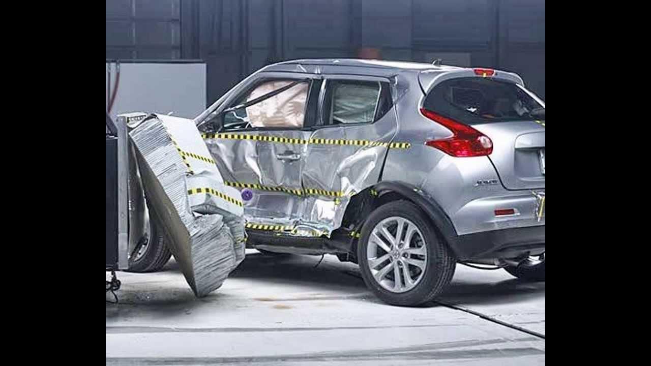 Iihs 2017 Nissan Juke Moderate Overlap Good And Side Impact Crash Test