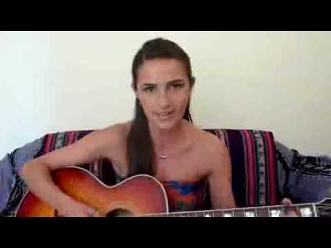 """Portuguese artist Ana Free sings """"Waka Waka"""""""