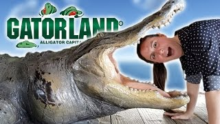 JULIA EATS GATOR AT GATORLAND