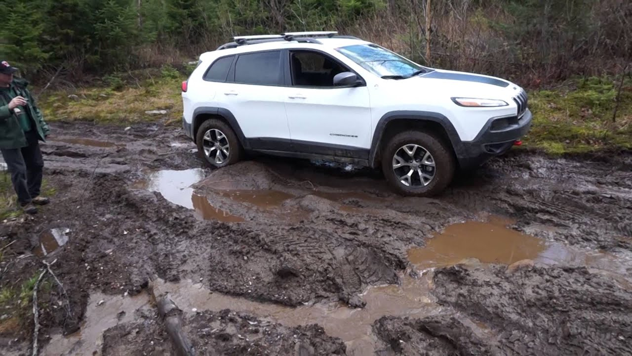 news trailhawk concept cherokee grand autoevolution reveals jeep