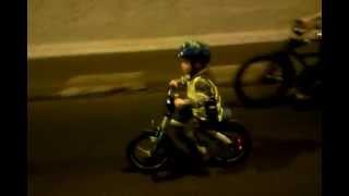 BMW kids bike ride. Critical Mass 2012.04.22 Budapest Hungary.Bence 3 year's old(, 2012-04-22T20:15:21.000Z)