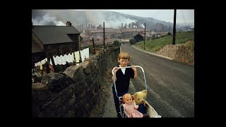 The Traveler who Enters a Strange Country: Bruce Davidson's Iconic Photographs of Cymru