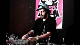 Solvent - Think Like Us (Bombaman Remix)