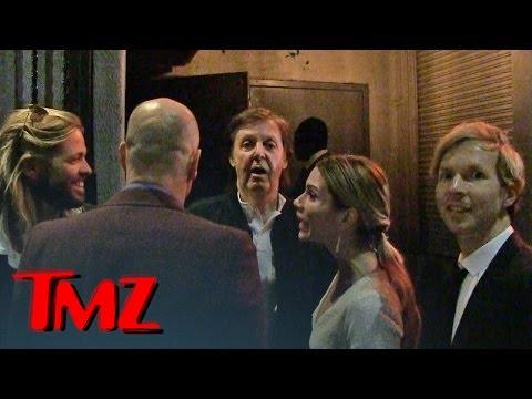 ¡Escándalo! A Paul McCartney le prohibieron la entrada a una fiesta de los Grammy