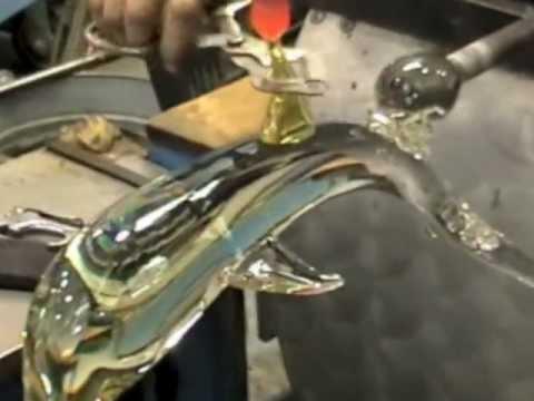 Steuben Glass/Taf Lebel Schaefer - Making Of A Crystal Dolphin.m4v
