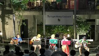 サンパティオ大町でリレーコンサートが開催されました。 曲は5人のメン...