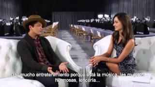 Miranda Kerr entrevista a Bruno Mars - VSFS2012 (subtitulado).avi