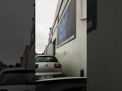 Intensas tormentas inundan bajos y descontrolan alcantarillas en Santander