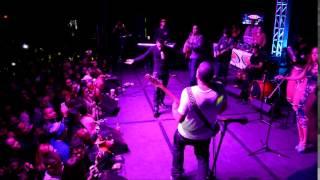 Grupo Vena plays Aventura Classics live in Concert