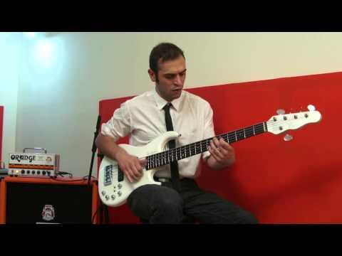 Simone Vignola - 5 Slap Riffs using Orange Terror Bass 1000