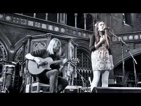 Josienne Clarke & Ben Walker : One Light Is Gone : Union Chapel Islington 26 March 2011
