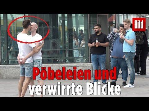 Jungs und Brüste...из YouTube · Длительность: 53 с